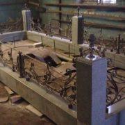 Kov-granit-013